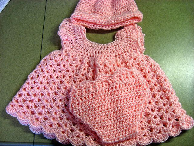 Baby Dress,bonnet and diaper cover - crochet free pattern