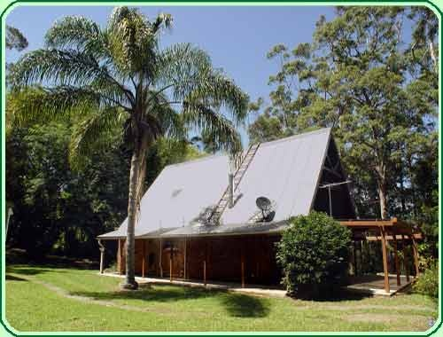 Tamborine Mountain Accommodation - Campbell's Cottage near the Gold Coast of Queensland, Australia
