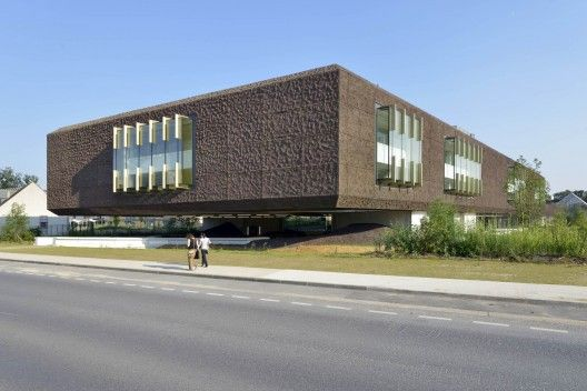 Beckmann-N'Thépé Architects  Marne-la-Vallée Library