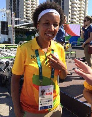 Janeth Arcain prefeita Vila Olímpica Rio 2016 (Foto: David Abramvezt)