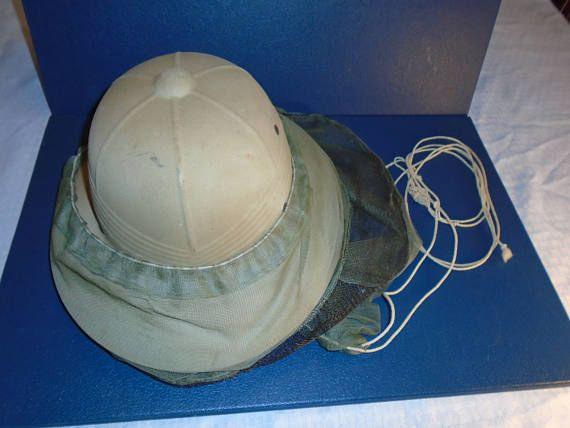 Vintage Beekeepers hat. Pith helmet .  Pith.  Beekeeping . bee