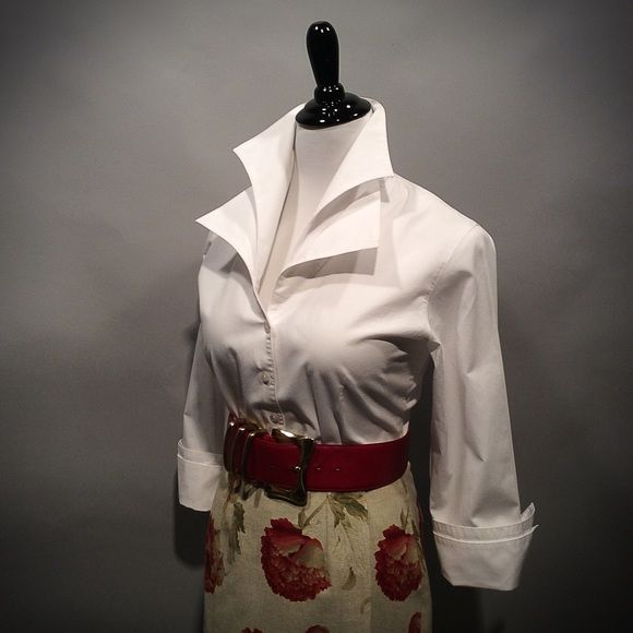 """Anne Fontaine White Tailored Blouse Size 40 white Anne Fontaine blouse with double collar and button cuffs. Bust line measures 34 1/2 """" In perfect condition Tops Button Down Shirts"""