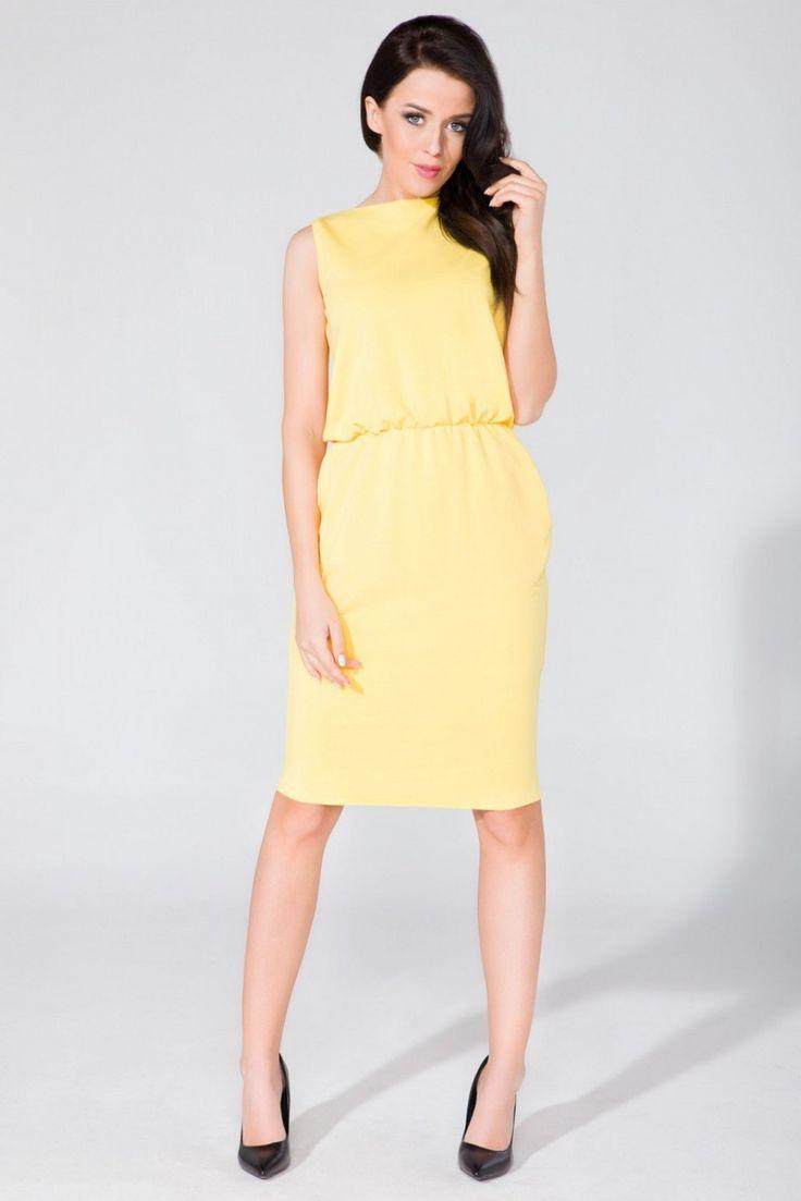 Sukienka Yellow Sukienka z dzianiny o fasonie maskującym niedoskonałości sylwetki. Na biodrach kieszenie w szwie. W talii delikatnie ściągnięta. #modadamska #sukienkiletnie #sukienka #suknia #sklepinternetowy #allettante