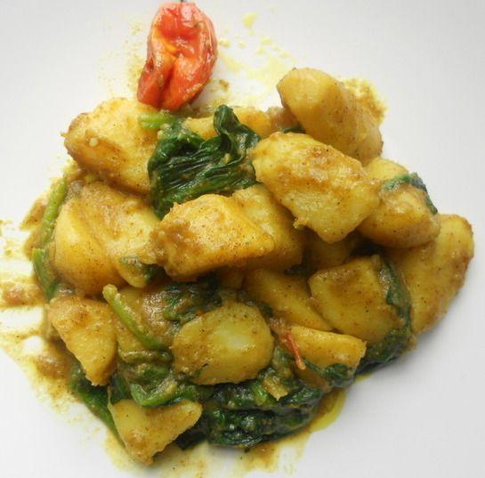 Surinaams eten!: Aardappelen met masala en spinazie