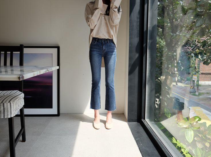 ♡ウォッシングカットオフデニムパンツ♡ #レディースファッション #ファッション通販 #ファッショントレンド #新作 #最新 #モテ服 #韓国ファッション #韓国レディース通販 #ootd #wiw  #fashionaddict #womensfashion #fashion  https://goo.gl/ihfHw9