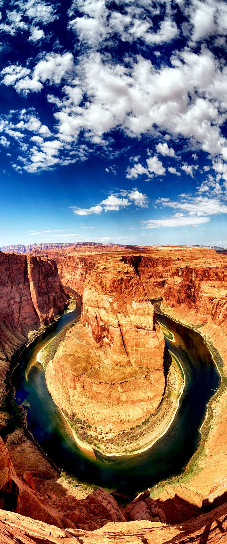 The famous Horse Shoe Bend at Utah, USA | Top 10 Most Visited Countries in the World in 2014