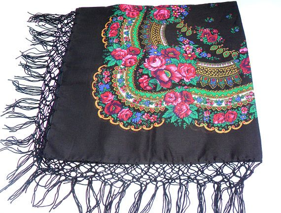 Zwarte vintage omslagdoek Russische folk sjaal Oekraïense