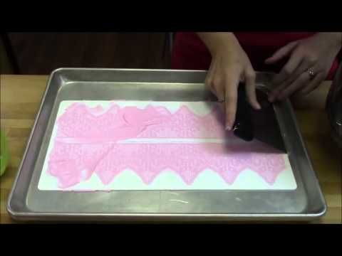 Silikomart TriCot Lace Icing Demo - Icing Inspirations ...