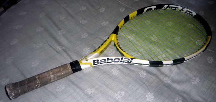 Babolat Tennis Racquet Cover Aeropro Drive 4 1/2 Grip Preowned VG Condition