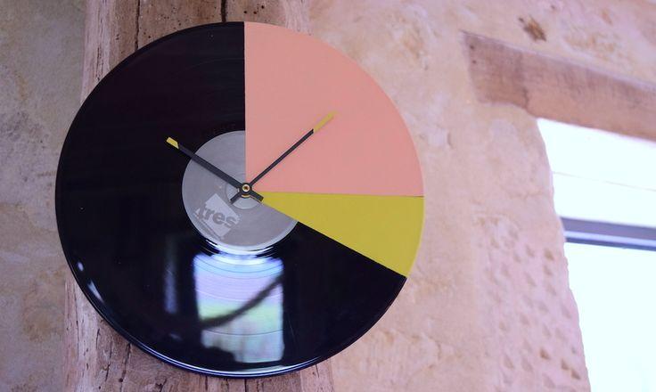 Recyclez le vieux disque vinyle en horloge !