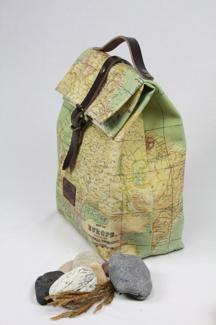 Lunch bag WAXED CANVAS WORLDMAP, WORLDMAP, MAPAMUNDI, lunch bag tote, lunch bag waxed canvas, bolsa de almuerzo, waxed canvas tote, lona encerada, lunch bag leather, tote waxed canvas, bolsa de merienda, bolso para la merienda, waxed denim tote, worldmap, mapa del mundo, lunch bag flowers,sac á lunch, lunch bag lienzo,lunch bag canvas, lunch bag denim,tote bag denim canvas.