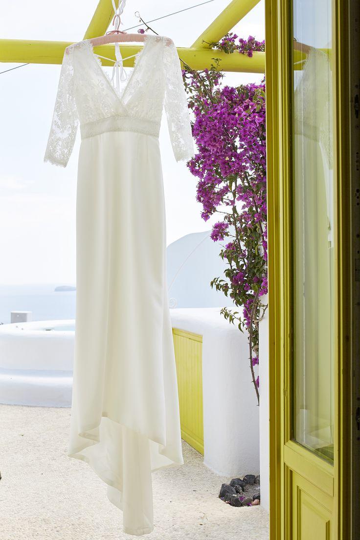 Bride, Wedding Dress, Flowers, Purple, Santorini, Fashion, Caldera, View, Love