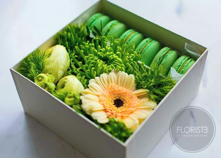 Набор №25 цветы + макаруны