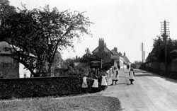 Newmarket Road, Great Chesterford my great grandparents lived on this road - their surname was Barton
