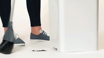 #CasaFuturista: Bruno, a nova lixeira-aspirador ↪ Por @jpcppinheiro. Mais uma do Kickstarter. Cansado de recolher o lixo com pá? Agora, com o Bruno, a lixeira-aspirador, basta empurrar a sujeira até ele! Veja só! http://www.curiosocia.com/2015/05/casafuturista-bruno-nova-lixeira.html