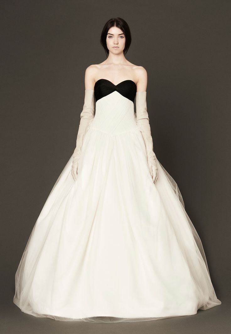 206 best wedding bride images on pinterest homecoming for Vera wang tea length wedding dress