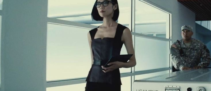 Before you go see BATMAN V SUPERMAN next week, get caught up on the lowdown on Lex Luthor's right-hand woman, Mercy Graves!
