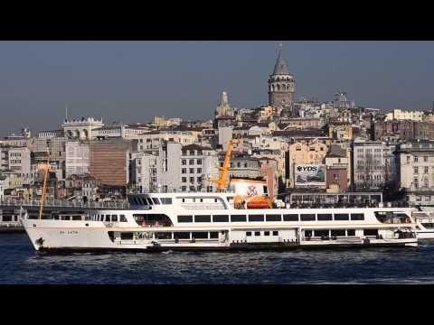 Istanbul'da Vapurlar, Tekneler ve Martılar