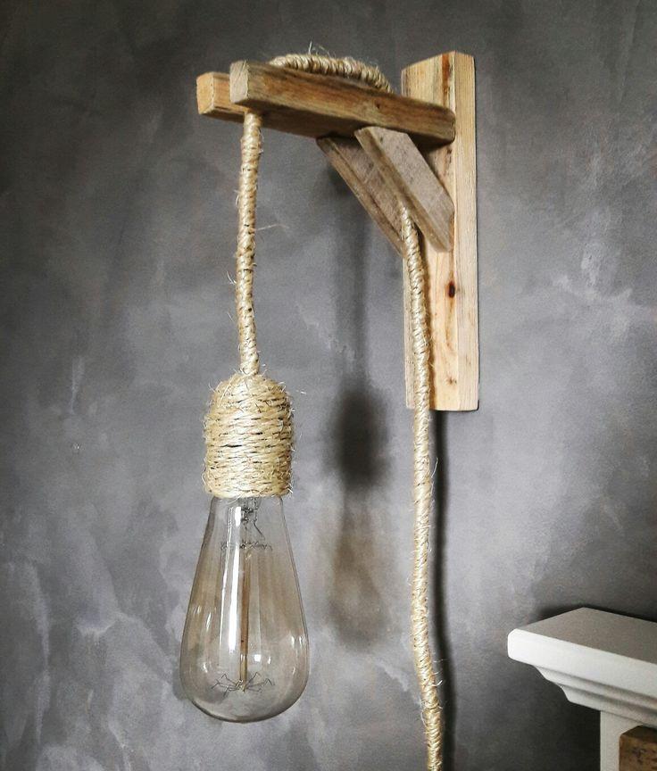 Zelfgemaakte lamp van touw en hout