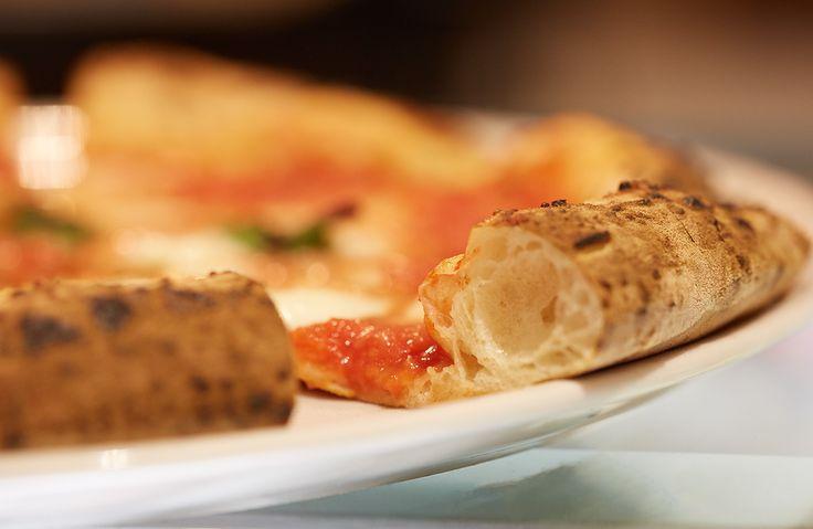 1492 is a pizza&grill located in Salerno. Concept&design by Bilodunk Studio. #restaurant #pizzeria #grill #meat #retro #vintage #hipster #design #wallpaper #milanochair #pizza #bilodunk