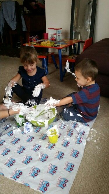 Shaving foam spider hunting!  https://m.facebook.com/story.php?story_fbid=945760555518938&id=943741719054155
