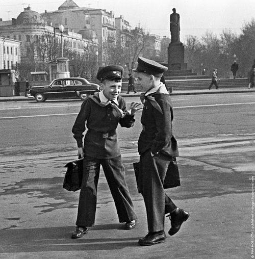 Moscow schoolchildren, 1963, Mikhail Ozersky