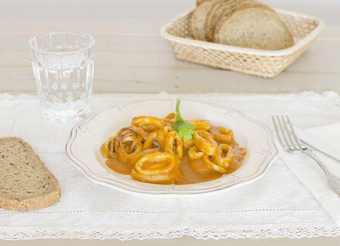 Calamares en salsa americana Cookinaria para #Mycook http://www.mycook.es/cocina/receta/calamares-en-salsa-americana-cookinaria