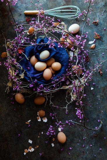Egg display