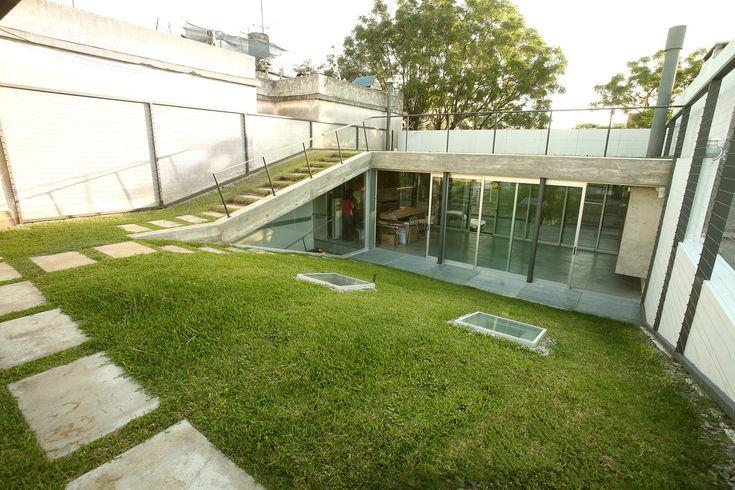 Galería de Cubierta Verde / Cardoso + Zúñiga - 1