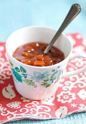 a festive preserve - Apricot, Cranberry and Amoretti jam