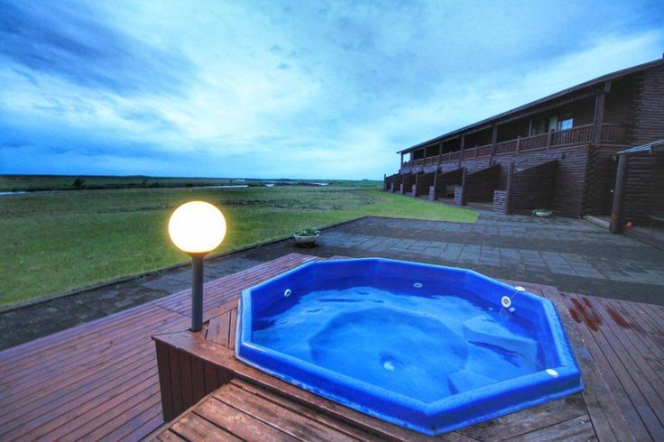 One of the highlights at Hotel Ranga is for sure the exterior Jacuzzi! They have three of them situated in the back of the hotel and they are open until 11PM each day. Imagine standing in the hot water while admiring the Northern Lights during wintertime :)
