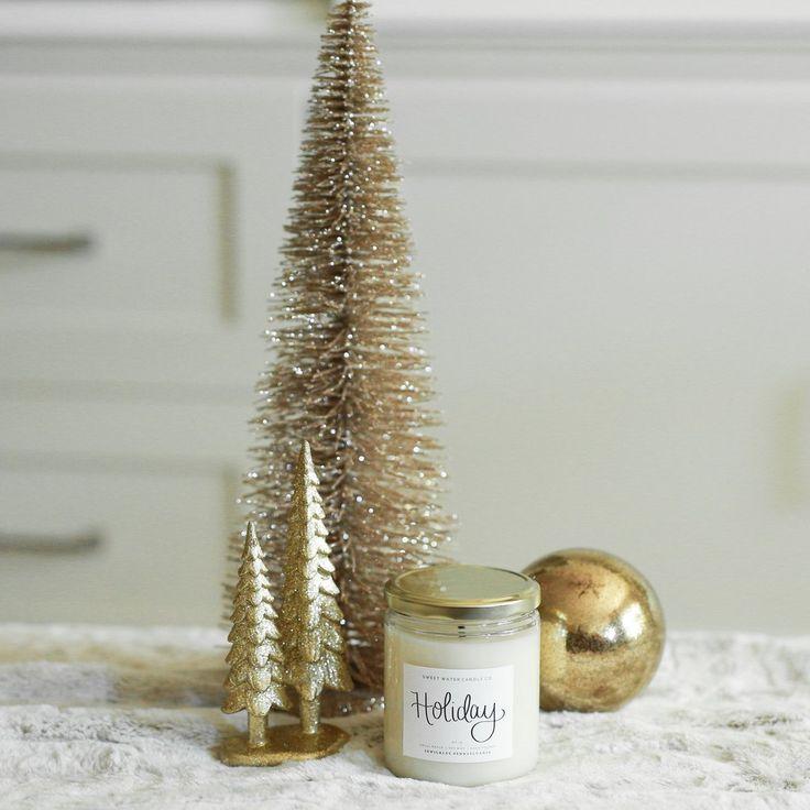 Holiday Candle, Sandalwood Candle, Christmas Candle, Citrus Candle, Citrus and Sandalwood, Holiday Scented Candle, Soy, Gluten Free, Oakmoss, Black Dahlia Petal