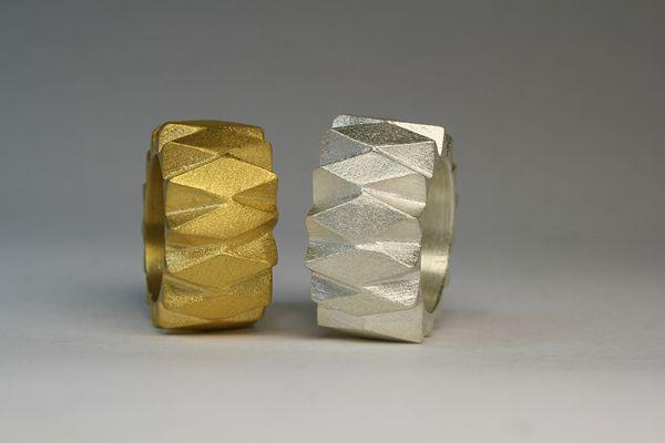 Gerullis-Seliger: Jewelry