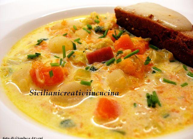 Zuppa di zucca, verri e porri con crostini