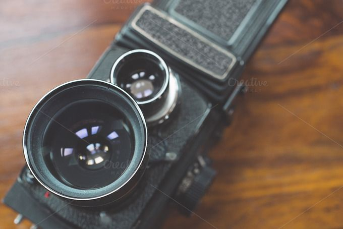 Twin-lens reflex camera by villorejo #vintage #technology