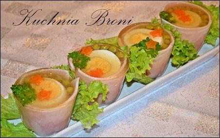 Jajka w galarecie w szynkowych kubeczkach