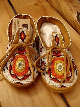 Indian Art Oklahoma - Native American Moccasins & Beadwork
