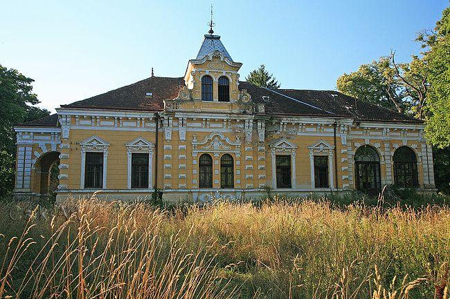 Batthyány Villa - Magyarszecsőd, Hungary