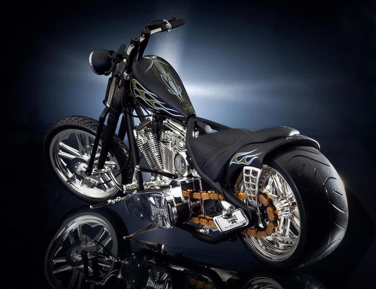 chekky cfl custom by west coast choppers motorcycles. Black Bedroom Furniture Sets. Home Design Ideas
