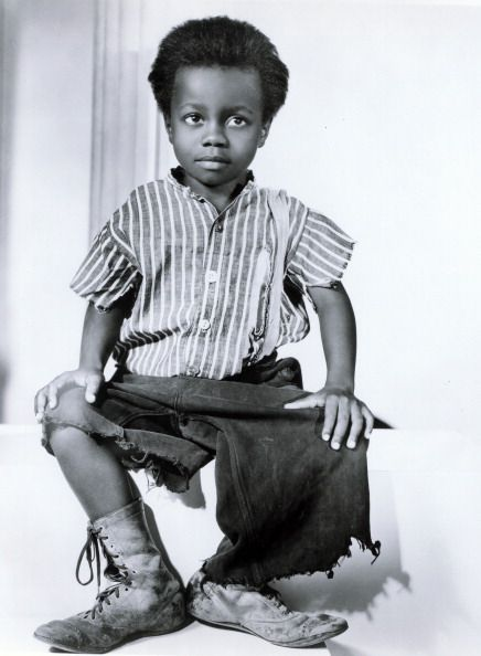 "William ""Billie"" Thomas, child actor who is best remembered for portraying the character ""Buckwheat"" (""O-tay"") in the Our Gang short films from 1934 until the series end in 1944. After returning to civilian life, Thomas faced a dilemma shared by many of his co-stars from Our Gang. Though offered many film and stage roles, he had no desire to return to Hollywood as an actor (3/12/1931)-(10/10/1980)"