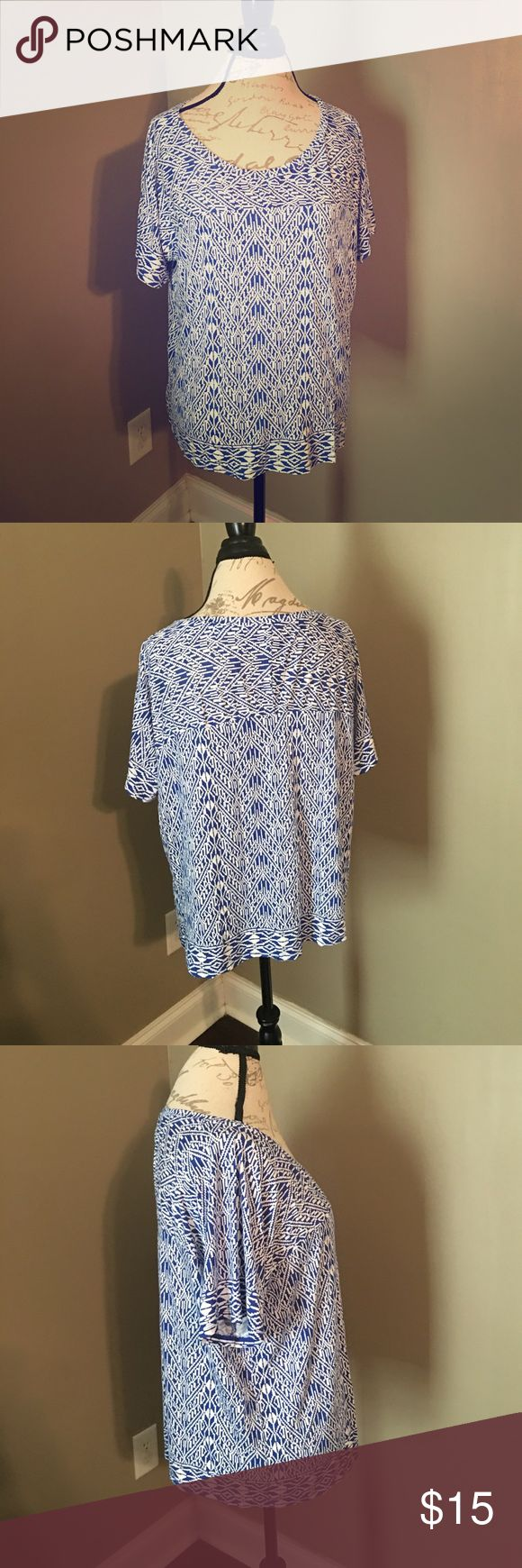Old Navy blue and white short sleeved top EUC. Super soft and versatile. 100% rayon. Old Navy Tops Blouses
