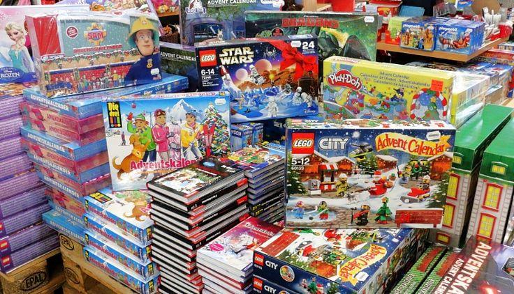 Adventskalender 2016 Neuheiten und Angebote eingetroffen!     Um das lange Warten auf Heiligabend zu verkürzen gibt es auch in diesem Jahr wieder viele tolle Adventskalender. Von  Lego, Playmobil, Playdoh, Feuerwehrmann Sam, Barbie,...