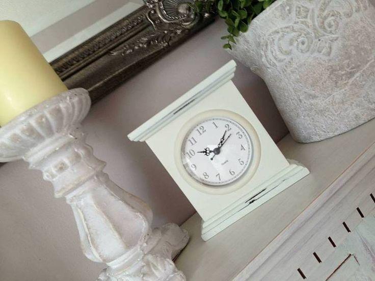 Cream Elegant Mantel Clock