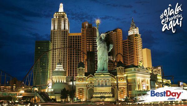 Esta fascinante propiedad con réplicas de la Estatua de la Libertad y del Puente de Brooklyn ubicados entre los famosos edificios de la Ciudad de Nueva York, que forman parte de la propiedad, te proveerán todo lo necesario para disfrutar una estancia para conocer los atractivos turísticos o para gozar de un estupendo viaje para jugar y apostar en la ciudad de Las Vegas. #OjalaEstuvierasAqui