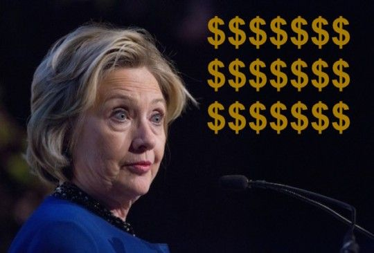 Hillary Clinton Made More than Bernie Sanders' Net Worth in One SpeechAP