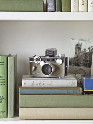 Decorating with a vintage Midcentury Argus C3 Match-Matic Camera