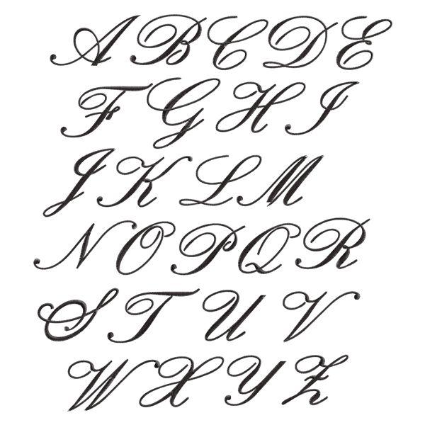 Confira algumas dicas para preencher formas circulares e curvas com o Ponto Cheio no bordado livre.