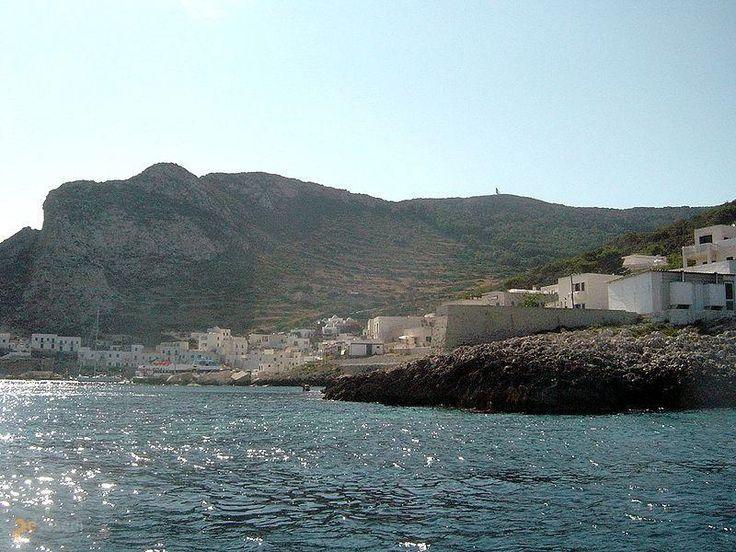 Леванцо – #Италия #Сицилия (#IT_82) Вот вам еще одно потенциальное место для проведения летнего отпуска - итальянский островок Леванцо. Чистейшее море, никаких производств и загрязняющего воздух транспорта! http://ru.esosedi.org/IT/82/1000122562/levantso/
