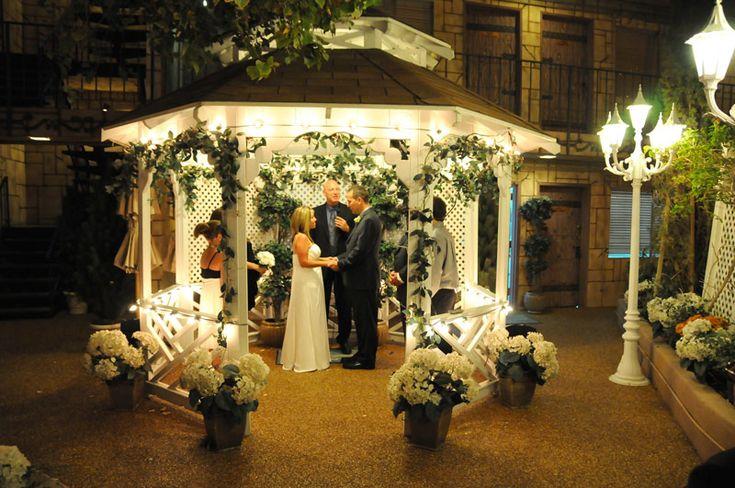 25 Best Ideas About Vegas Wedding Chapels On Pinterest