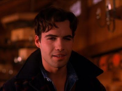 Sometimes, I forget how freaky the second season of Twin Peaks got but I never forget that's when Billy Zane showed up.